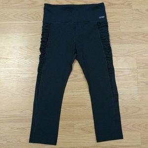 [Lorna Jane] Black Ruched Side Pocket Cropped XS